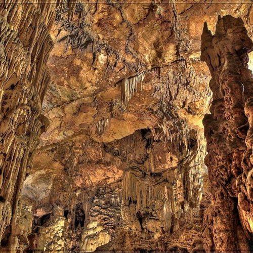 Vranjača Cave